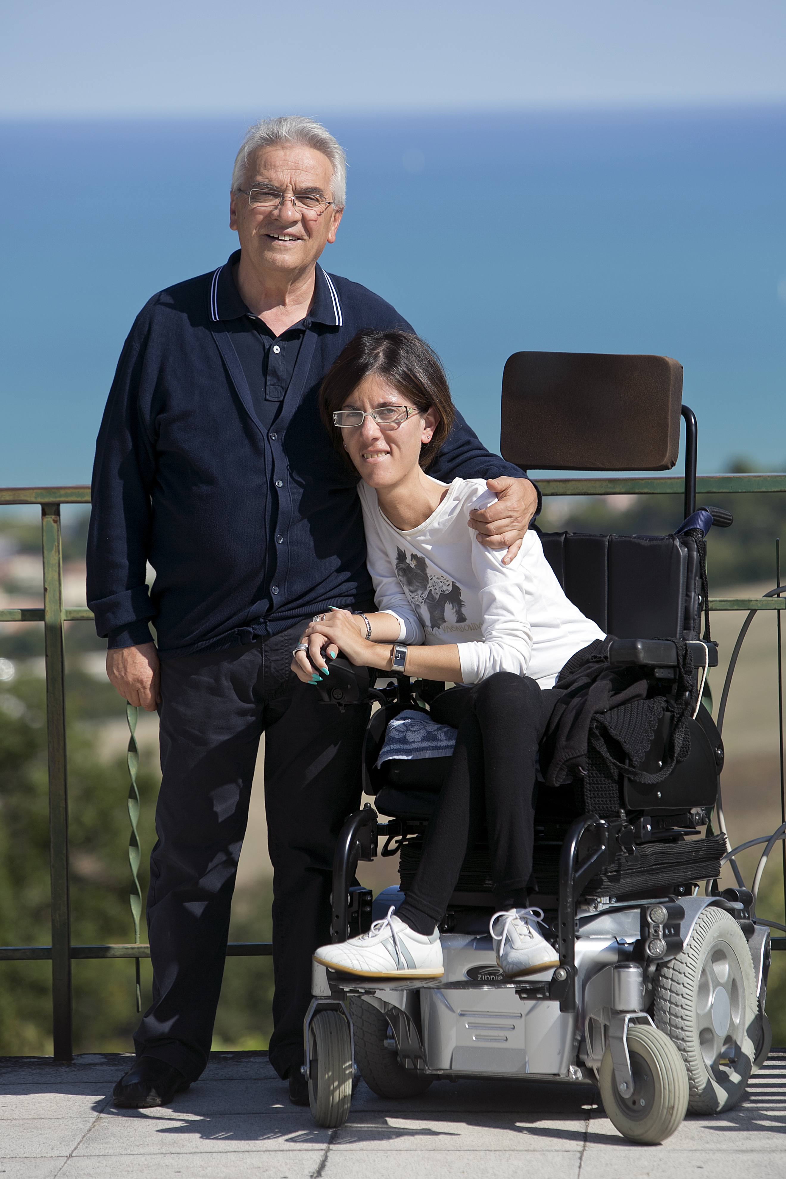 Cristina e don Vinicio Albanesi